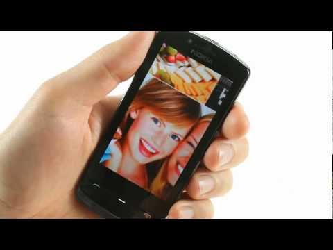 Nokia 700 user interface demo