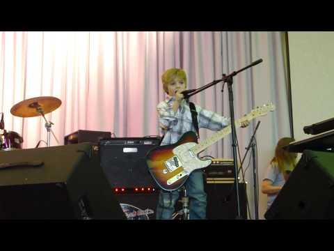 matthew playing Southern Voice by Tim McGraw