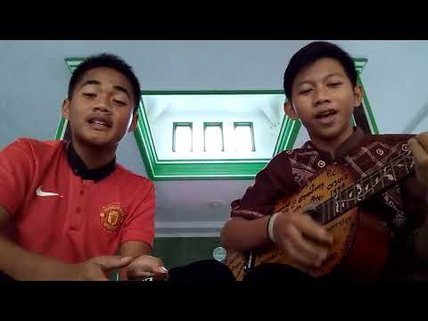 DEWI - THREESIXTY COVER