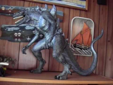 "Trendmasters Ultimate Godzilla 18"" Review - YouTube"