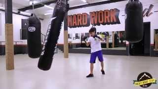 Как бить лоу-кик. Обучение кикбоксингу в Rocky Road Gym