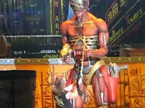 Iron Maiden feat. Eddie Live @ Mexico 2008 - YouTube