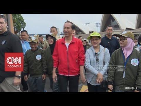 Presiden Jokowi Menikmati Jalan Pagi di Sydney Australia dengan Anak Muda Indonesia