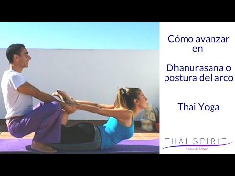 ✅-dhanurasana-o-postura-del-arco-con-ajustes-thai-yoga