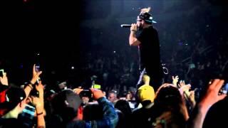 Andy Mineo  - Ayo: Live at Roadshow 2014