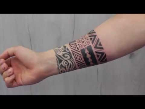 tatouage poignet maorie. Black Bedroom Furniture Sets. Home Design Ideas