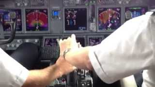 Alaska Airlines 737 900ER Flight