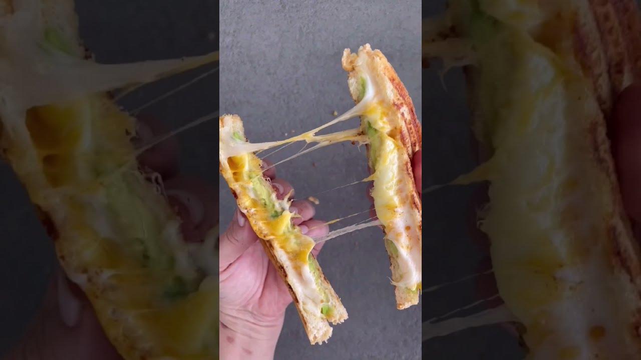 #Sandwich de #queso #delicioso y muy fácil #short #shorts #recetasfaciles