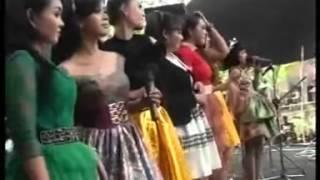 DANGDUT KOPLO HOT Putri Panggung All Artis