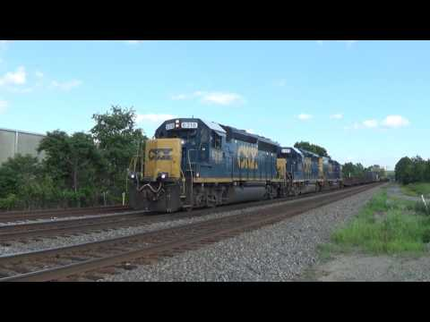 CSXT W036-17 'Critter Train' with a GP40-2 & Slug-set; June 25, 2016