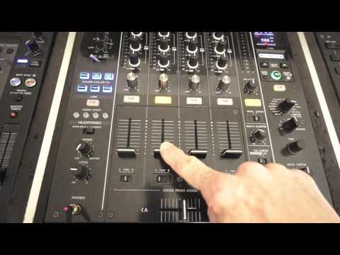 DJ LESSON ON MIXING WITH ONLY HEAD PHONES BY ELLASKINS THE DJ TUTOR