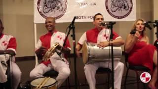 Samba, cerveja e reunião de amigos com grupo de samba Apito de Mestre.