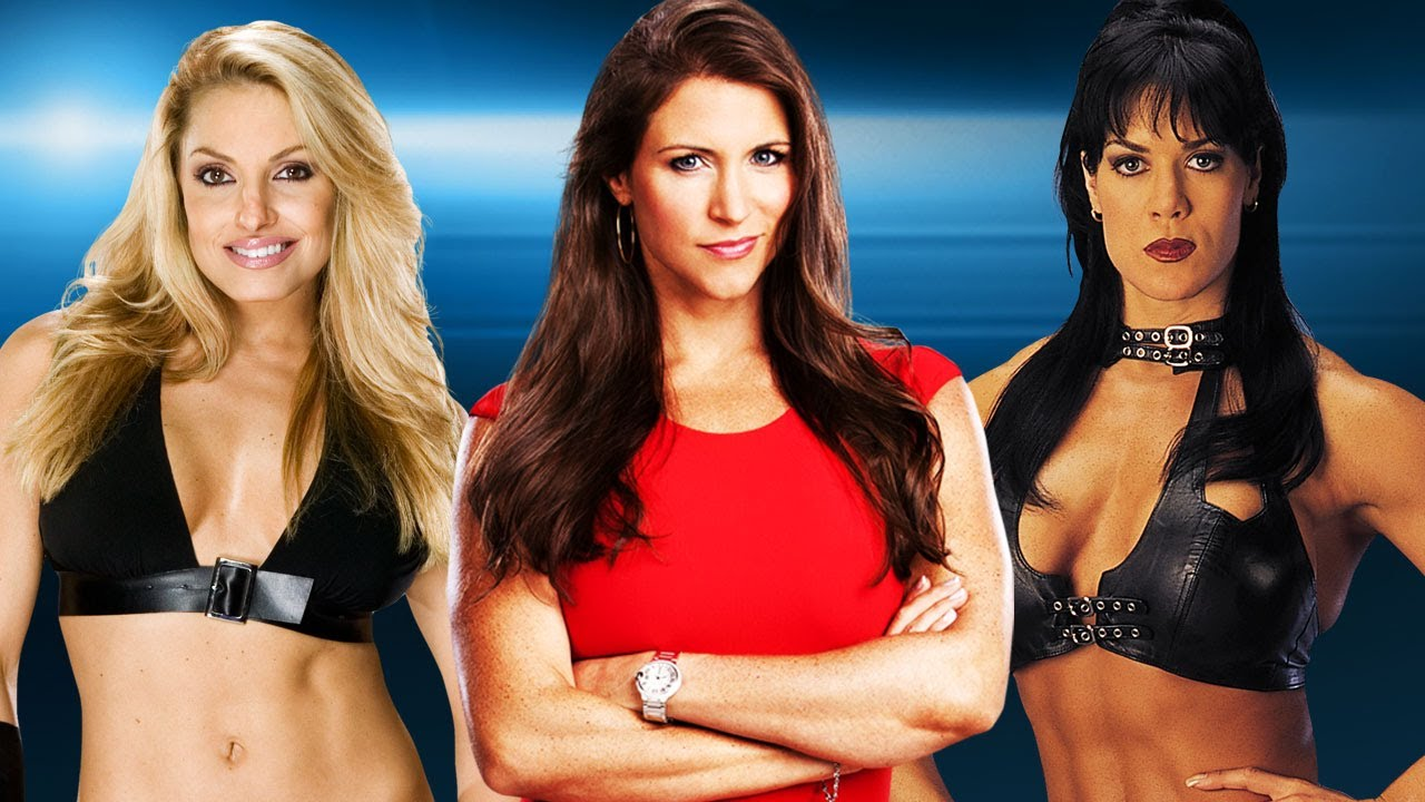 Mickie james and trish stratus vs candice michelle and victoria tag team match raw 2005 - 3 2
