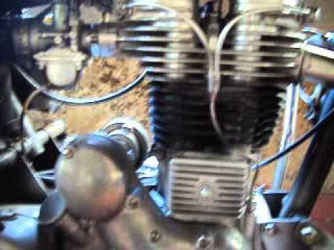 Royal enfield bullet 1976 with freeflow silencer idling