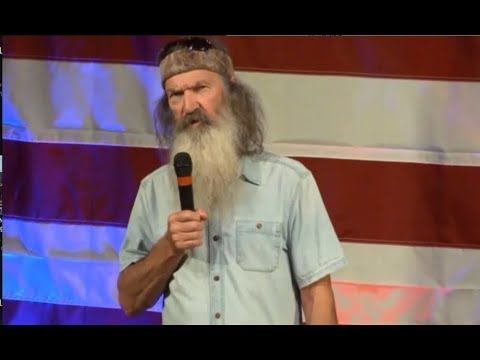 Duck Dynasty's Phil Robertson Talks HEALTHCARE and other Issues at Judge Roy Moore Rally in Alabama