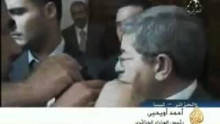 """alkhanzeera""  أحمد أويحي يرد بطريقته على قناة الفتنة"