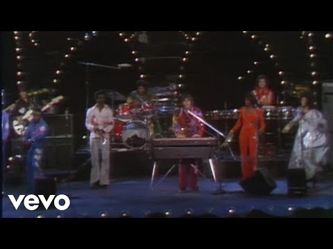 KC & The Sunshine Band - Shake Your Booty (Live)