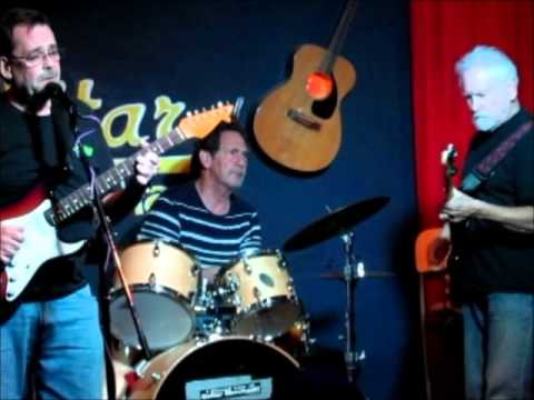 Alan Corrao (East Coast Al) & Ron Lavery with the Drums Of Mystery at Guitar Merchant 8/14/13