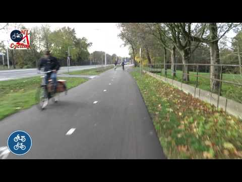 Cycling from De Bilt to Utrecht in the Netherlands (real-time)