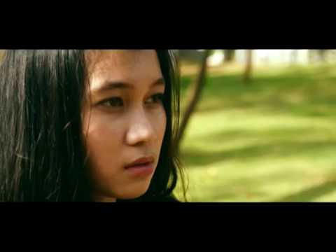 MAUDY AYUNDA - TAHU DIRI ( VIDEO CLIP - COVER)