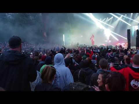 """(BIG MOSH PIT )Tech nine live at the Cuthbert amphitheater in Eugene oregon 4khd """"no reason """""""