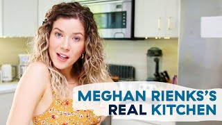 Meghan Rienks Shows Us What Her Real Home Kitchen Looks Like (Expired Food And All)