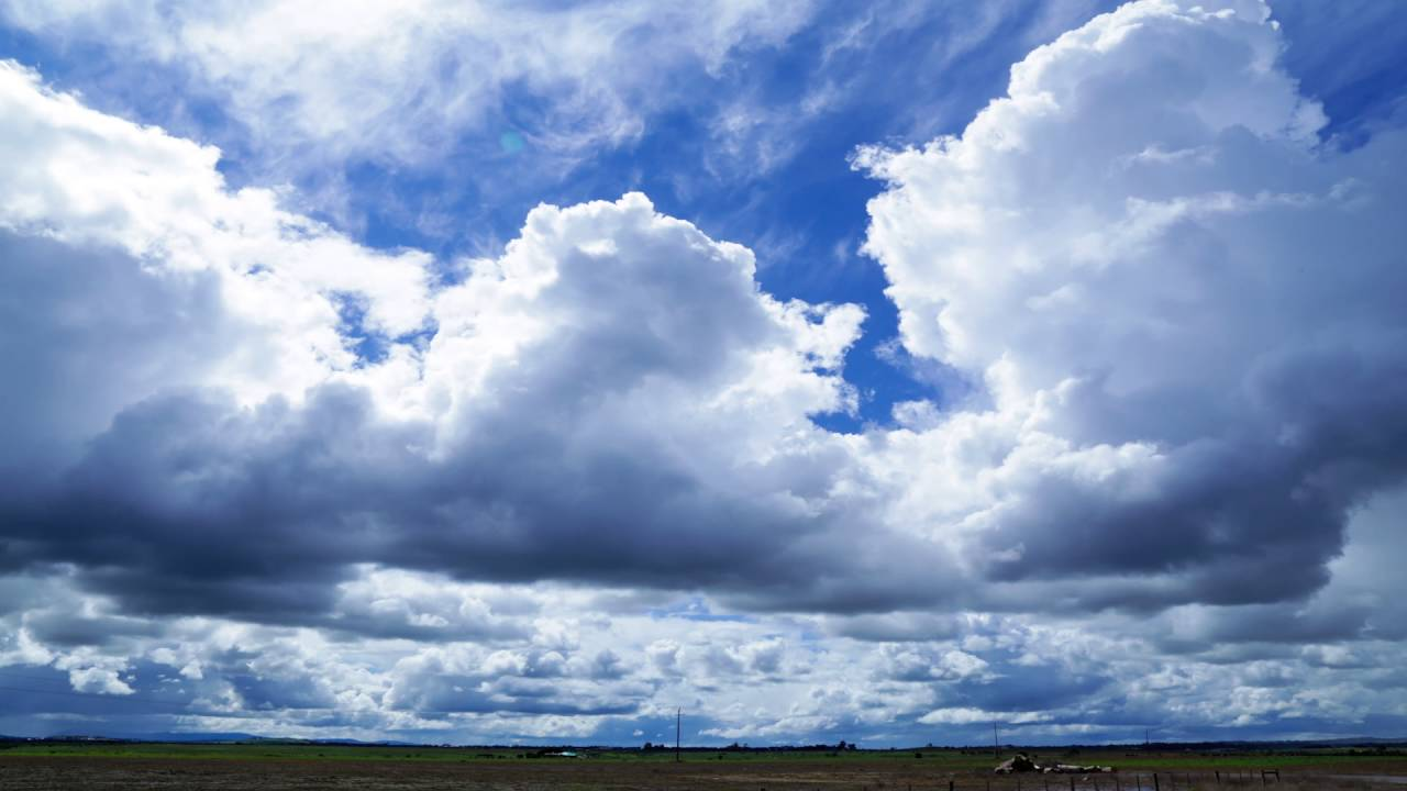 Clouds & Airports (Timelapse) - YouTube
