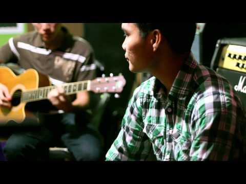 Bintulu Buskers Acoustic Cover - L.O.V.E [Nat King Cole]