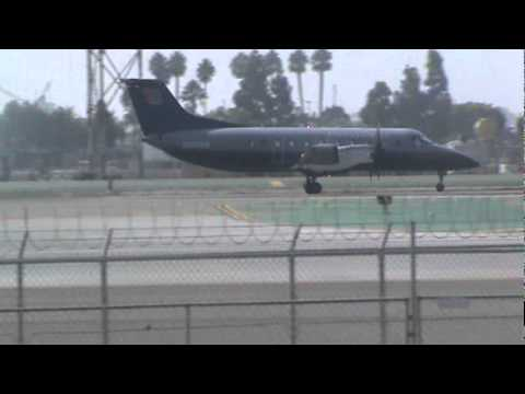 United Express Embraer EMB-120 Brasilia Takeoff