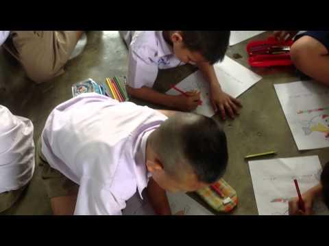 ป.2 เรียนวิชาศิลปะกับครูไกด์ โรงเรียนวัดแม่สะลาบ 28 ก.ค. 57