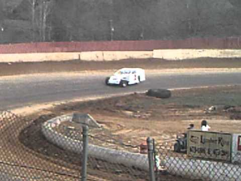 Lake Cumberland Speedway 4-3-11 Modified Feature