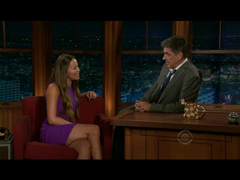 Late Late  with Craig Ferguson 712011 Cedric the Entertainer, Moon Bloodgood