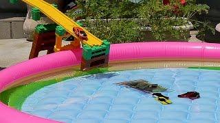 サムネイル撮影 第3弾? トミカシステムをつかいトミカがプールに飛び込むだけの撮影になってしまったけれど!? thumbnail
