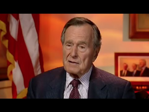 George H.W. Bush Says He's Voting for Hillary Clinton