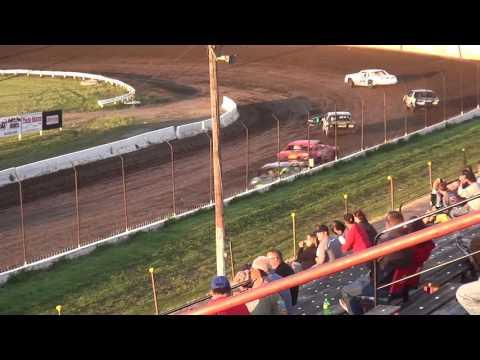 IMCA Hobby Stock Heat Farley Speedway 7/14/17