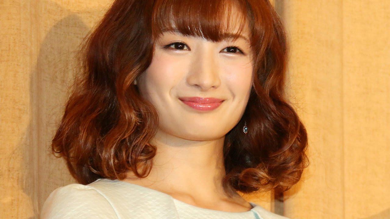 やさしい笑顔の武田梨奈