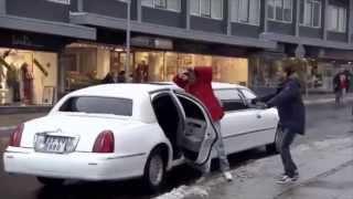 Repeat youtube video Kongerne af Næstved: Sæson 3 -  Åbning af Club Zenzyg