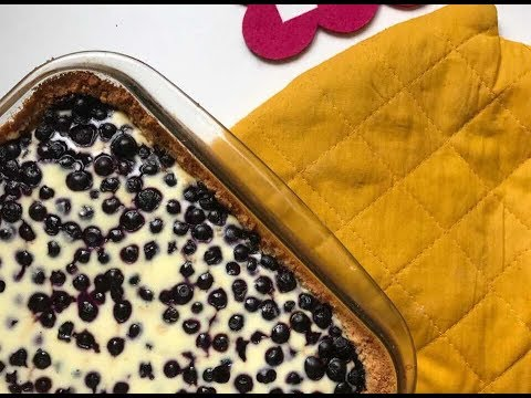 Delicate cheesecake with berries