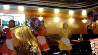 dancing waitress at Beverly Hills Diner Moscow