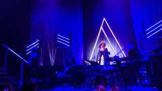 Anastacia sings Christina Aguilera song Army Of Me Live Utrecht #7