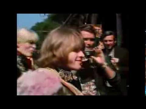 """Scott McKenzie  """"San Francisco""""  1967 Hippies"""