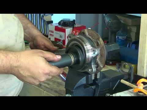 Audi A8 D4 Front Wheel Bearing Replacement