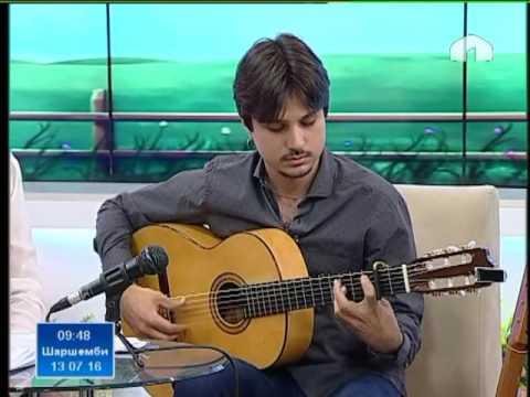 Италиядан келген музыкант, кыргыз комузун жасаган уста Диего Мор
