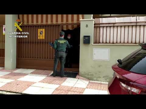 La Guardia Civil entrega material escolar en la provincia de Córdoba