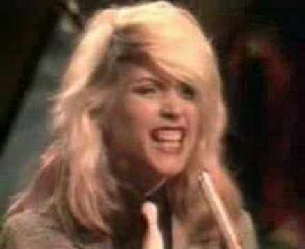 Blondie - Sunday Girl 1979 from YouTube · Duration:  2 minutes 53 seconds