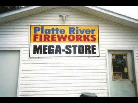 Platte River Fireworks Store Tour and Shopping!!! 2018