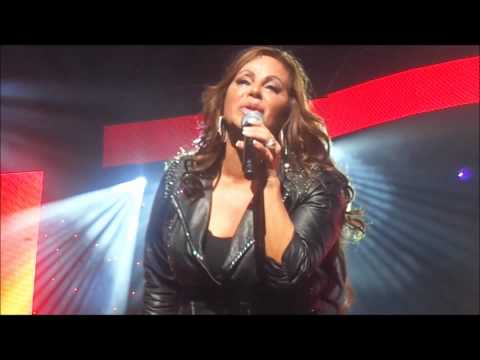 Jenni Rivera - Resulta , Gibson Amphitheater