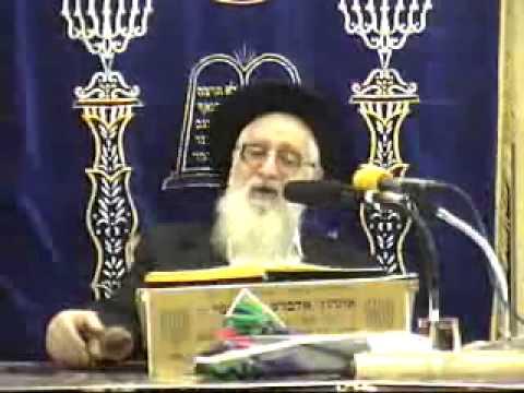 הרה''ג יעקב יוסף זצוק''ל פורים Purim  התשס''ו  קריאת המגילה