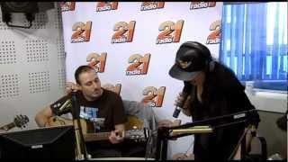 2 IN 1 @ MATINALII 21: Andra - O Stea (Live @ Radio 21)