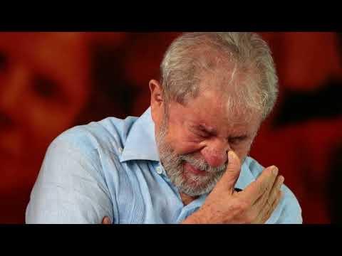 News Update Brazil judge seizes ex-President Lula's passport 26/01/18